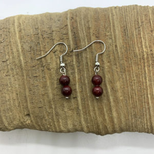 Simple Red Dangling Earrings