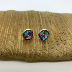 Light Small Swirl Stud Earrings