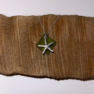 Green Seaglass and Starfish Necklace